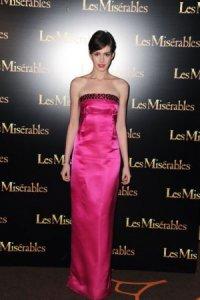 Розовое платье Энн Хэтэуэй