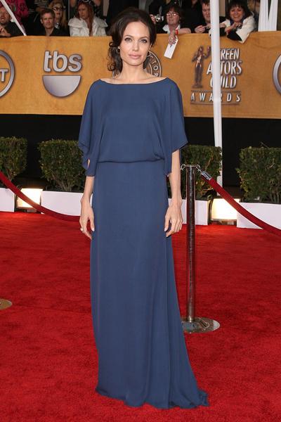Синее (голубое) платье Анжелины Джоли