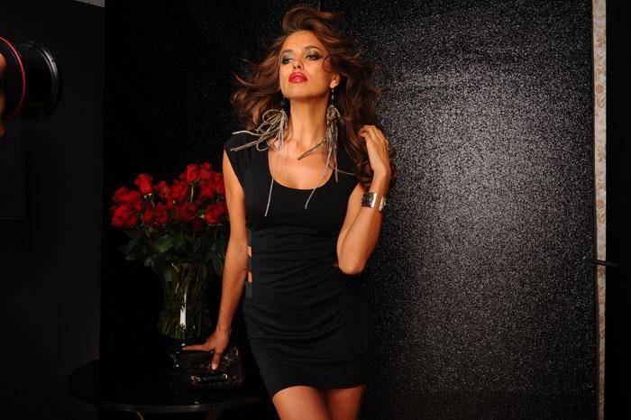 Маленькое черное платье Ирины Шейк