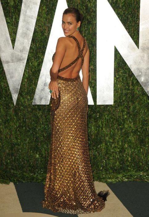 Золотистое платье Шейк