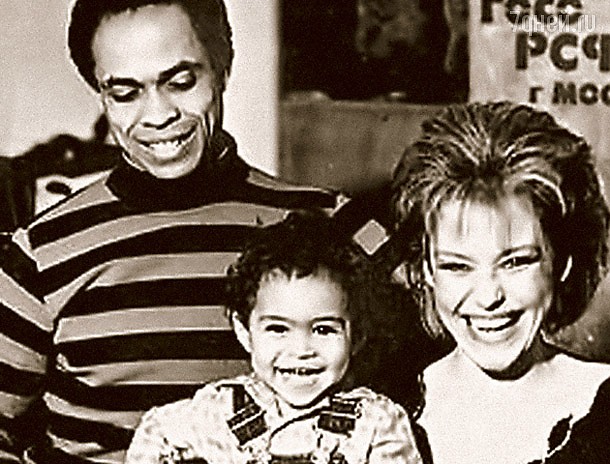 ирина понаровская с сыном фото