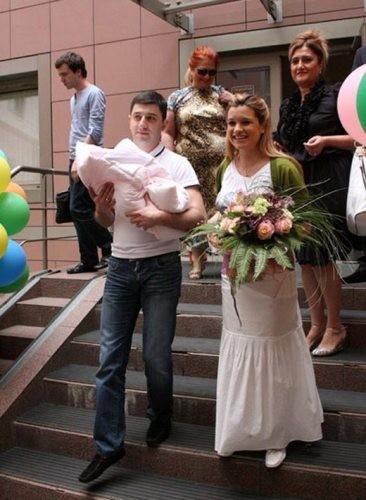 Бородина фото муж и ребёнок