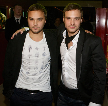 российские актеры близнецы фото