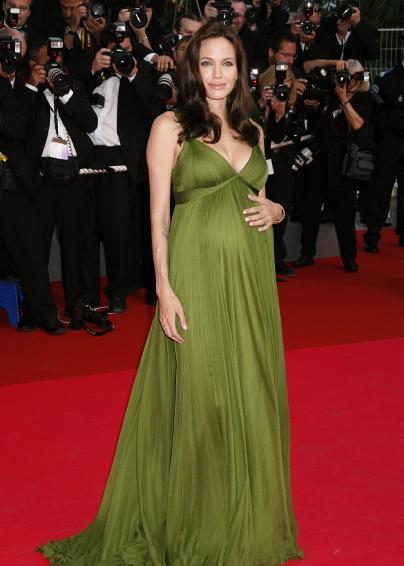 Платье для беременных Анжелины Джоли