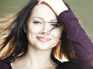 Анастасия Самбурская без макияжа
