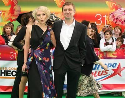 Артем Михалков, жена