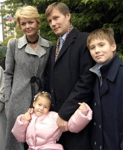 Юлия Меньшова, муж