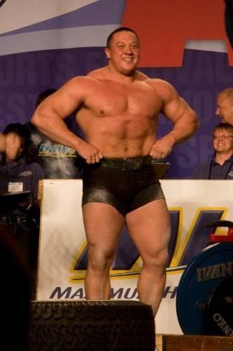 Михаил Кокляев рост вес