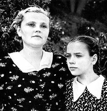 Мать Елены Санаевой