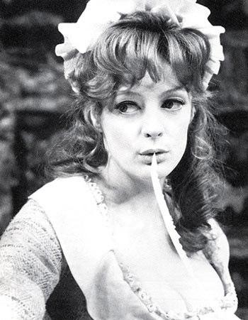 Мэгги Смит в молодости