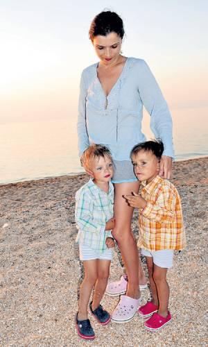 Анна Азарова, дети
