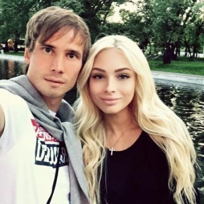 С кем встречается Алёна Шишкова