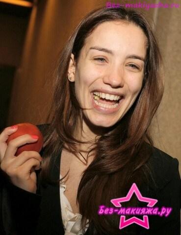 Виктория Дайнеко без макияжа