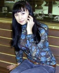 Мадина Садвакасова без макияжа