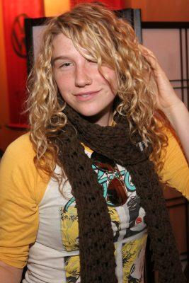 Kesha (Кеша) без макияжа
