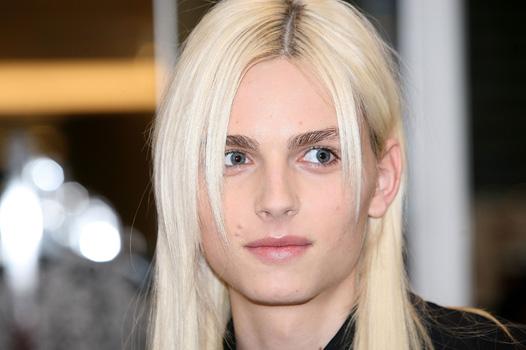Андрей Пежич без макияжа