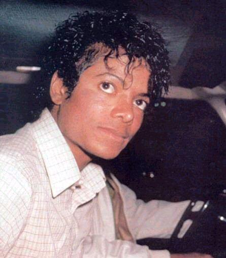 Майкл Джексон без макияжа