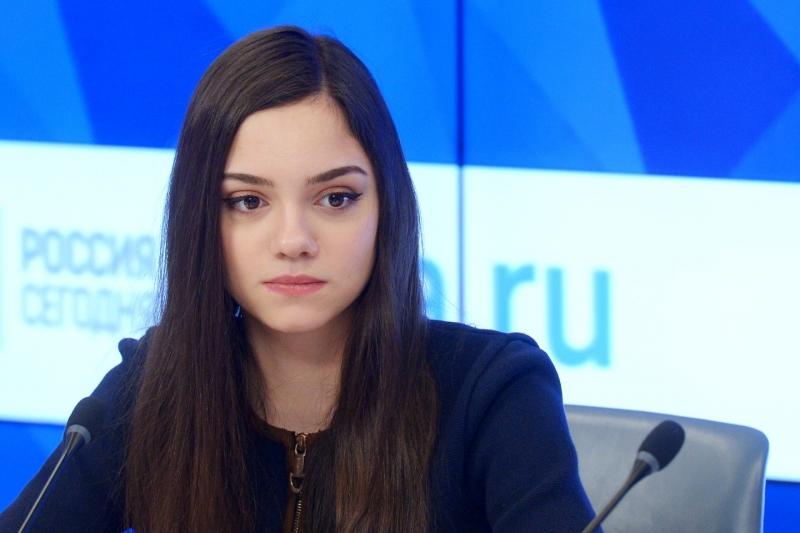 Евгения Медведева - биография, родители, личная жизнь, фото