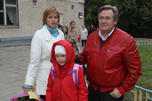 Юрий Стоянов — биография, личная жизнь, жена, дети