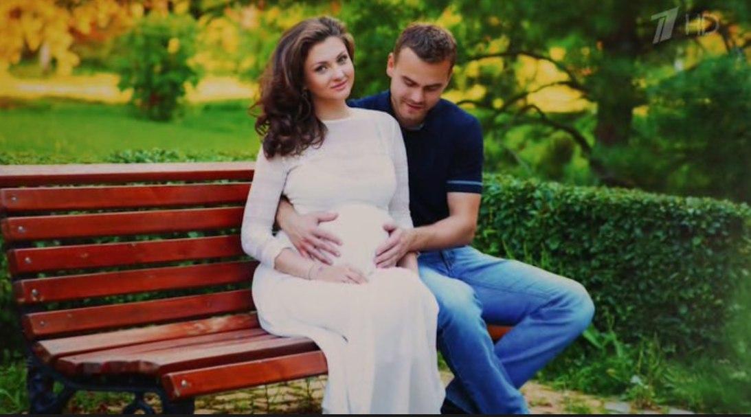 Жена Игоря Акинфеева - фото, свадьба, дети, биография, личная жизнь