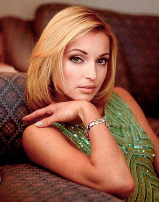 Анастасия Волочкова в молодости и сейчас - фото
