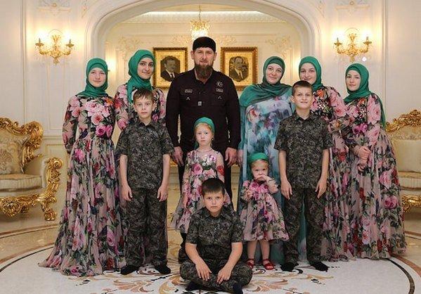 Жена Рамзана Кадырова - фото, личная жизнь, дети