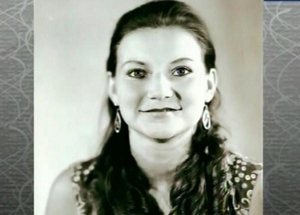 Елена Степаненко в молодости и сейчас - фото