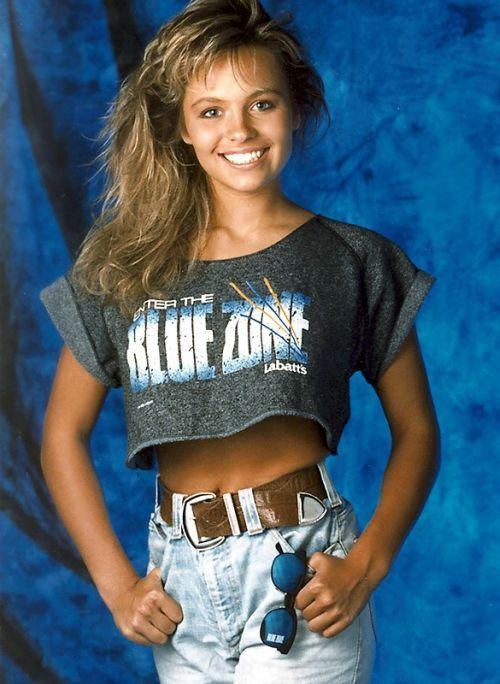 Памела Андерсон в молодости и сейчас - фото