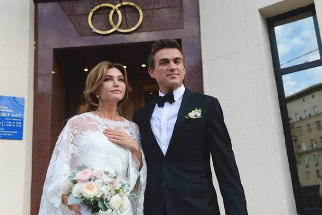 Жена Влада Топалова - фото, личная жизнь, биография, дети