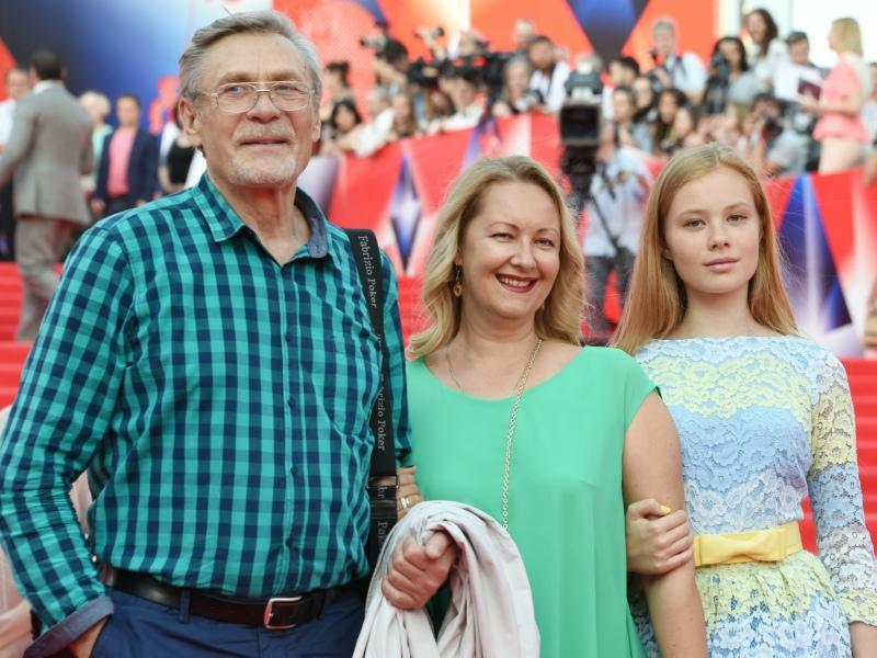 Дети Александра Михайлова - биография и семья актера, жены