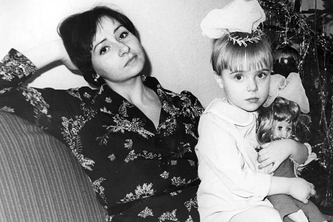 Дети Тутты Ларсен - фото, биография, личная жизнь