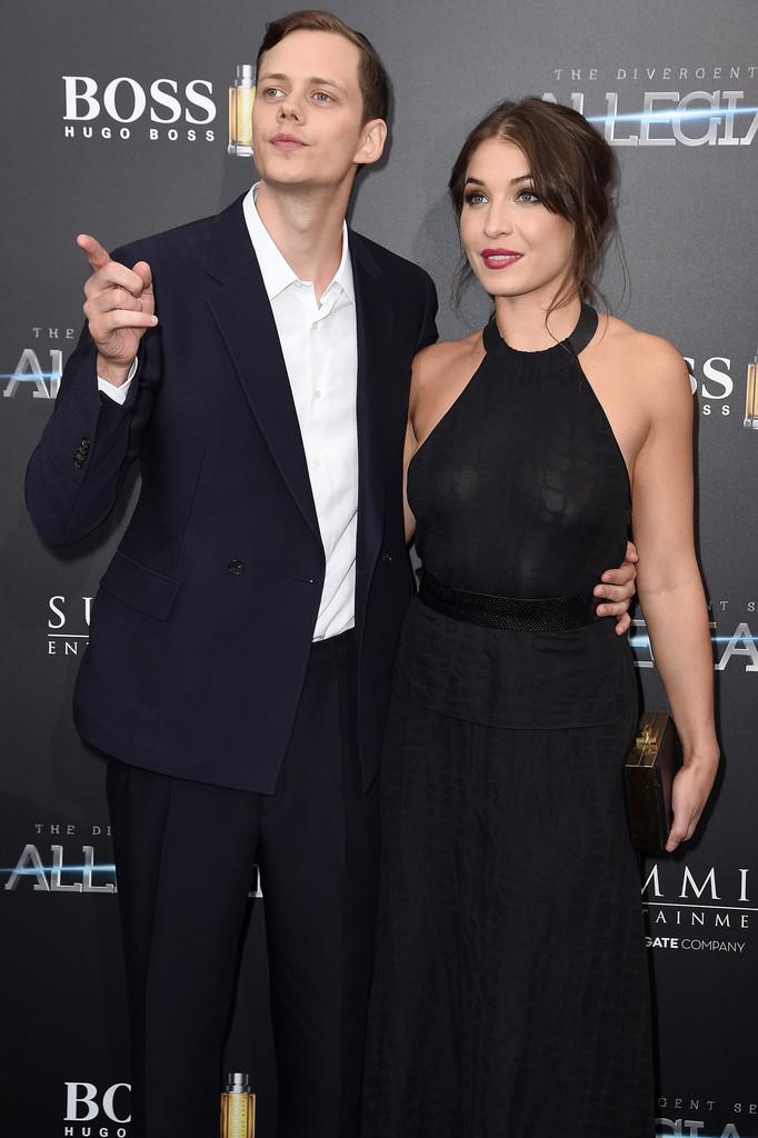 Билл Скарсгард и его девушка – фото