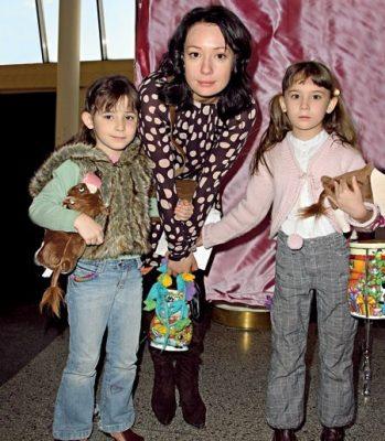 Дети Чулпан Хаматовой