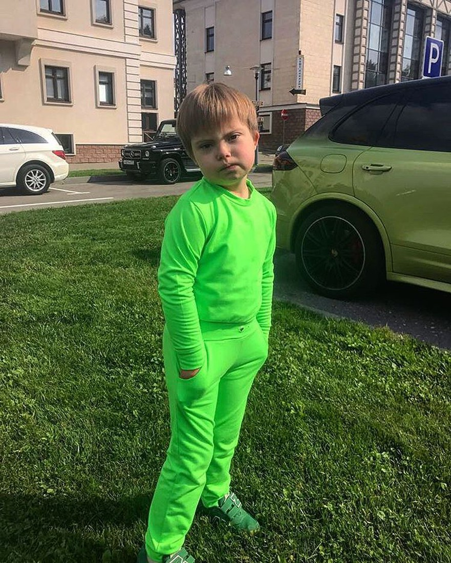 Дети звезд, зарабатывающие с пеленок