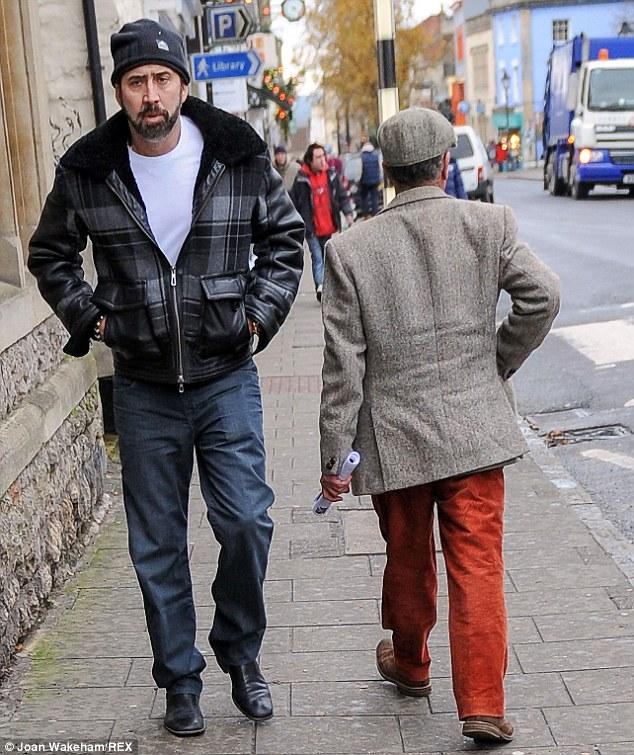 Одежда, которая делает звезд похожими на бездомных