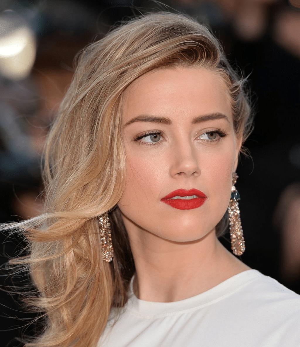 10 хитростей макияжа от звезд