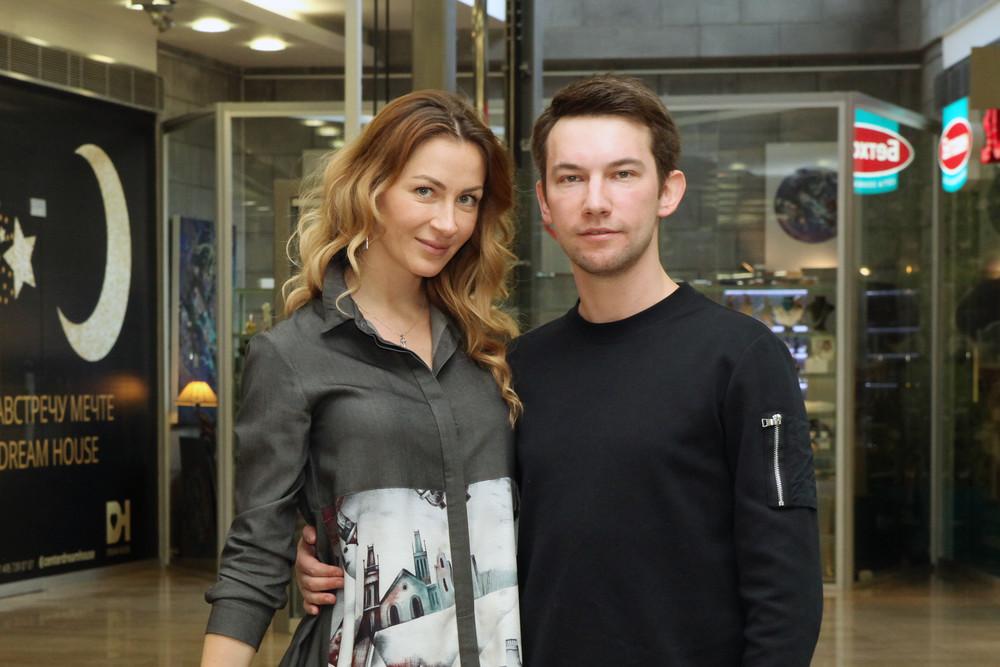 """Экс-супруга актера из """"Кадетства"""" выиграла суд"""