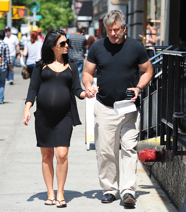 Алек Болдуин с супругой ожидают шестого ребенка