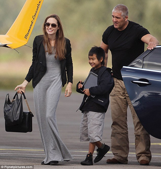 Мэддокс, сын Джоли и Питта