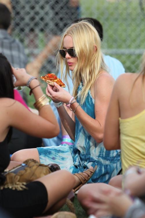 7 знаменитостей, которые любят пиццу