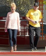 Отец Бритни Спирс устал от обвинений фанатов