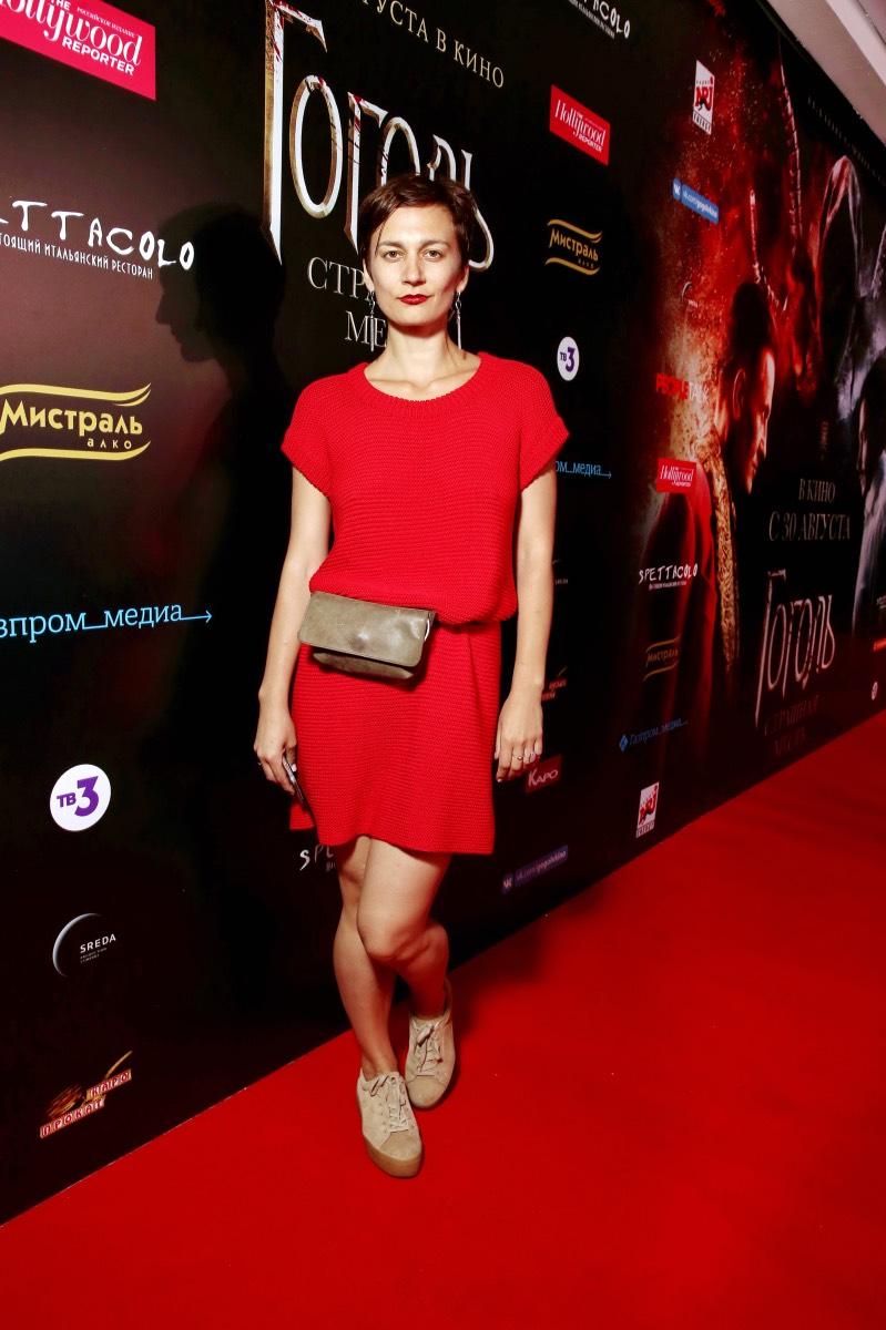 Актриса Ирина Вилкова принимает поздравления с новорожденным