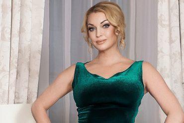Анастасия Волочкова продает знаменитую купель