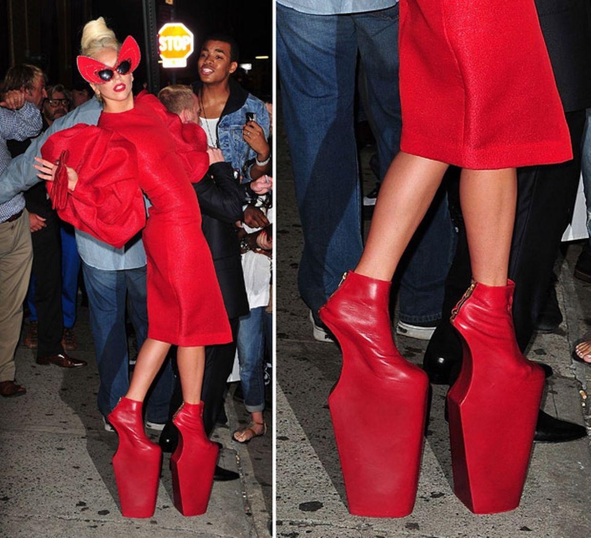 10 звезд, которые любят носить красные туфли