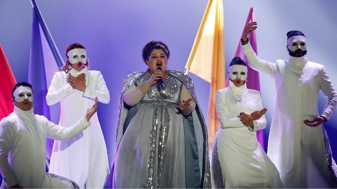 """10 запоминающихся костюмов звезд в истории """"Евровидения"""""""