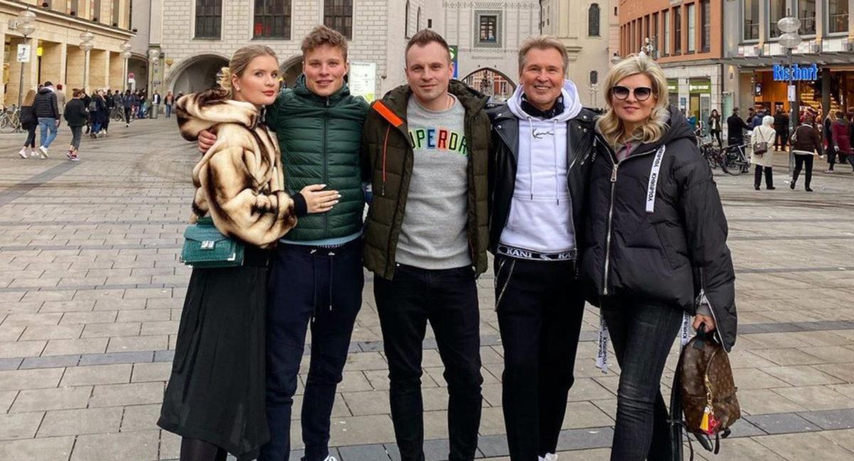 5 детей знаменитостей, во всем похожих на родителей