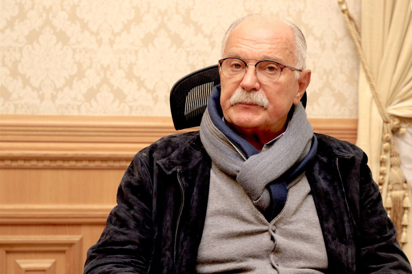 Никита Михалков наказал блогера