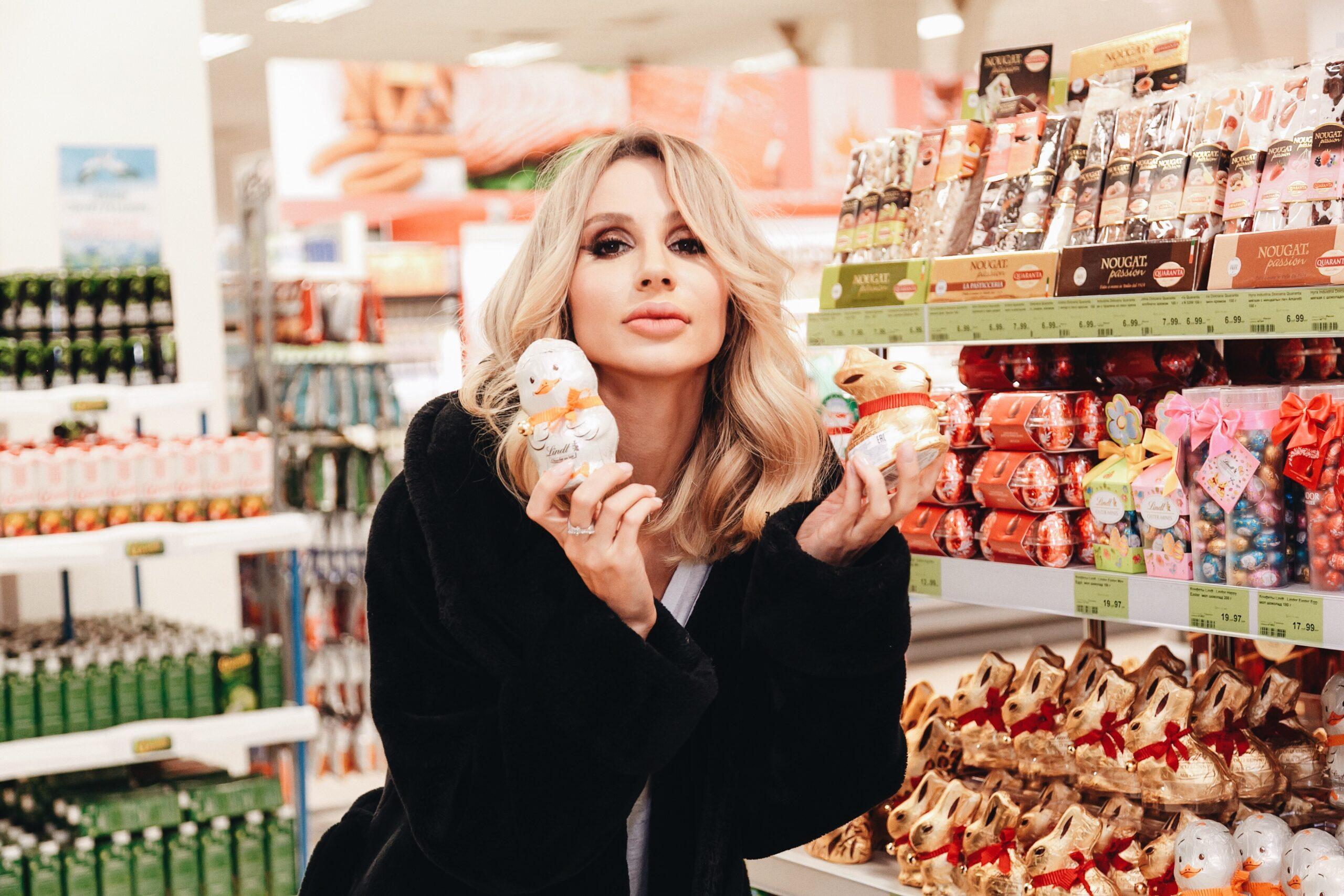 6 звезд, которых папарацци застали в супермаркетах