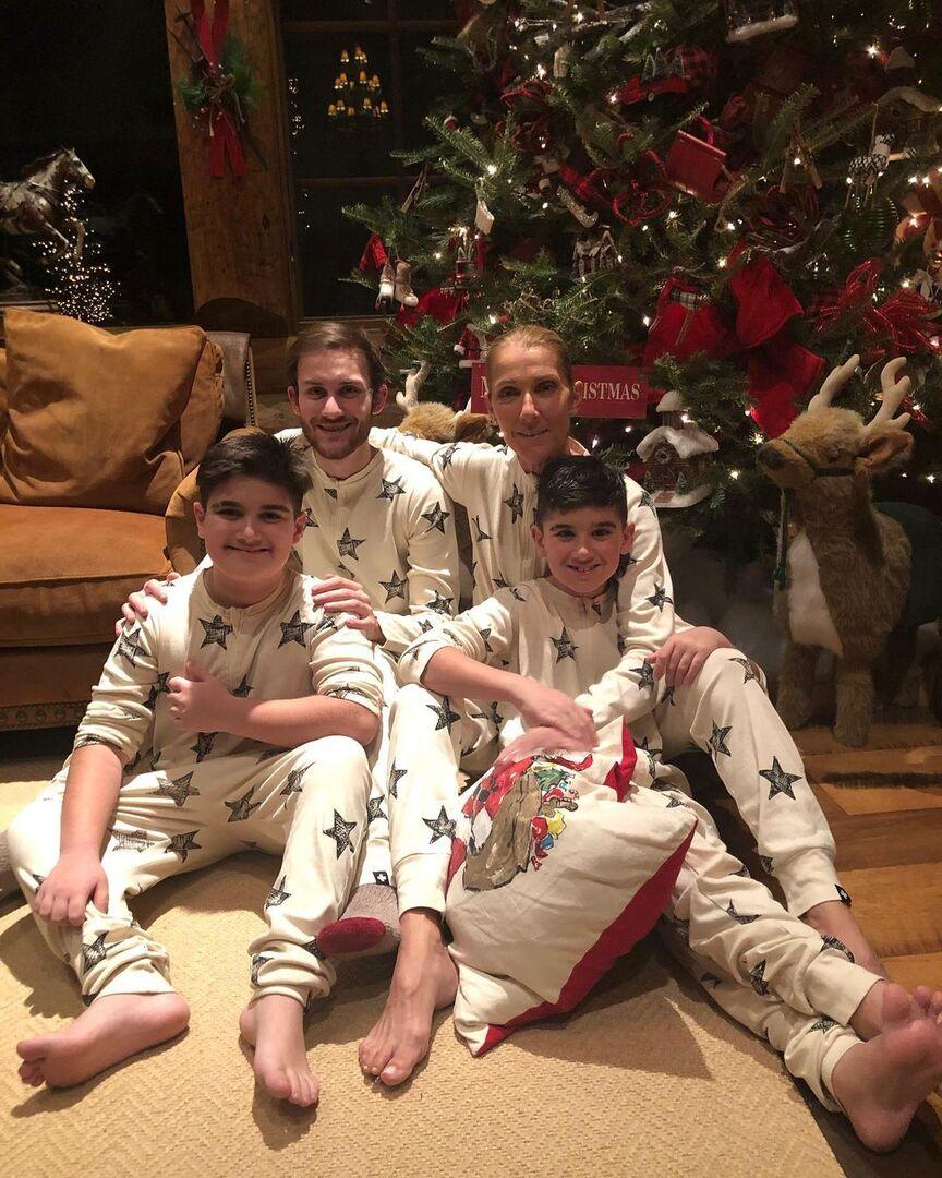 Селин Дион опубликовала фото с детьми