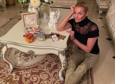 Анастасия Волочкова разоткровенничалась  с поклонниками